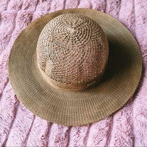calvin klein • straw wide brimmed floppy hat